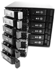 "Vantec Secures Data Drives with 2.5"" & 3.5"" EZ Swap Rack Storages 2"