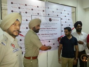 Smart24x7-Mobile-Platform-ties-up-with-Mohali-Police-Department