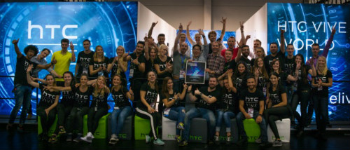 HTC Vive wins the Best Hardware Award at Gamescom 2015 3