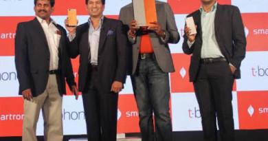 Sachin-Tendulkar-Ultrabook-convertible-t