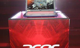 Acer-Helios-300
