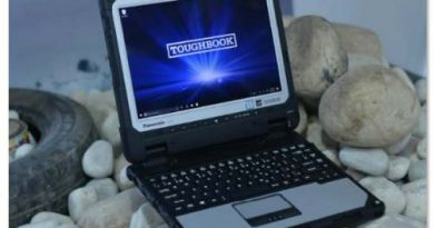 Panasonic-2-in-1-detachable-fully-rugged-notebook-CF-33-Key