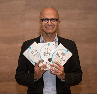 Satya Nadella and Anil Kumble share their 'Hit Refresh' moments 1