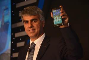 BlackBerry-Sunil-Lalvani-BlackBerry-Z3-Smartphone