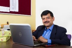 CEO-at-Giftease.com-Vivek-Mathur