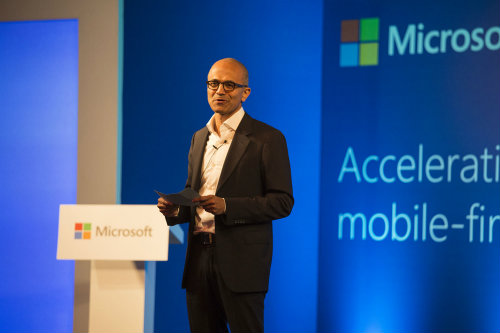 Microsoft announces commercial cloud services from Local Datacenters by End 2015 4
