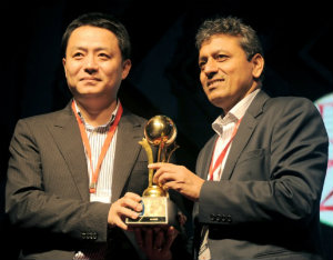 India-Top-Data-Card-Company-for-the-Year-2013-14-Award