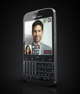 BlackBerry-Classic-with-QWERTY-keyboard