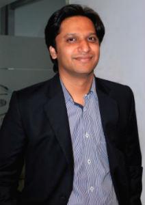 Founder-&-CEO-Smartur-com-Neeraj-Jewalkar