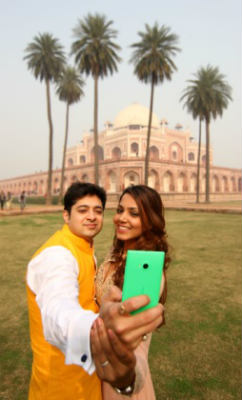 Get married Lumia style with the #selfieshaadi contest 1